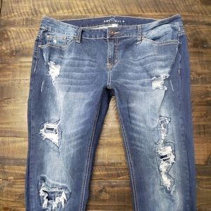 BOUTIQUE Distressed Skinny Bf Jeans | 16W PLUS